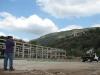 Pollo capo gerenciando la obra en San Gil